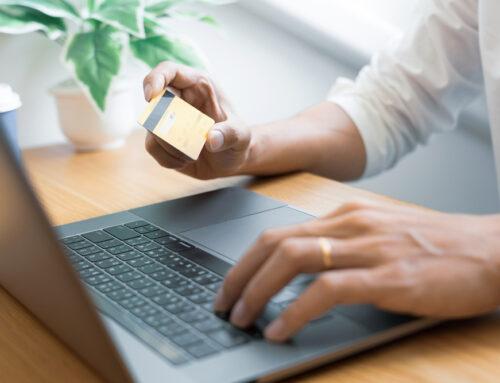 Nákupy na internetu: Na prověřených webech a ideálně na dobírku